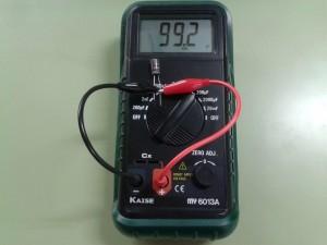 Comprobación de un Condensador con un Capacímetro