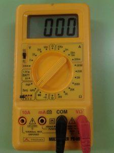Comprobación de Diodos midiendo hFE de Transistor con un Polímetro Digital MÉTODO 2 2