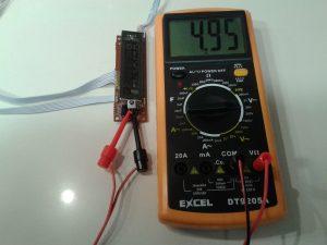 Comprobación de un Receptor de IR con un Mando a Distancia midiendo Tensión Continua con un Polímetro Digital-1