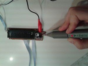 Comprobación de un Receptor de IR con un Mando a Distancia midiendo con una sonda lógica-1