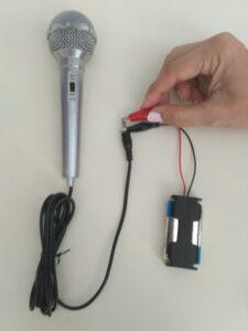Comprobación de un Micrófono Dinámico (bobina móvil) con una Pila